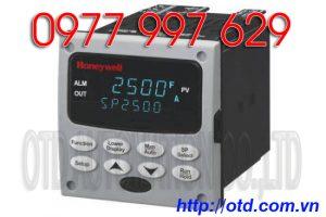 Bộ điều khiển nhiệt độ Honeywell